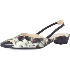Peter Kaiser leather sandals